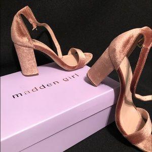 Steve Madden Blush Velvet Sandals
